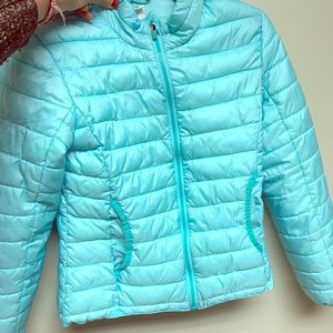 Very pretty girls puffed jacket.